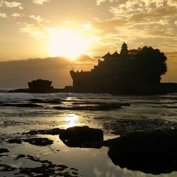 Tanah-Lot-Sunset-Tour---Bali-Travel-Expert